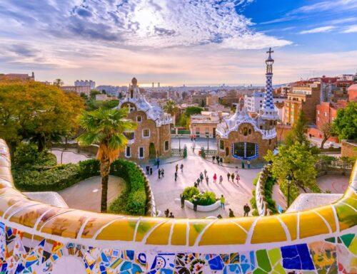 Viaggio nella bellezza della Barcellona di Antoni Gaudí